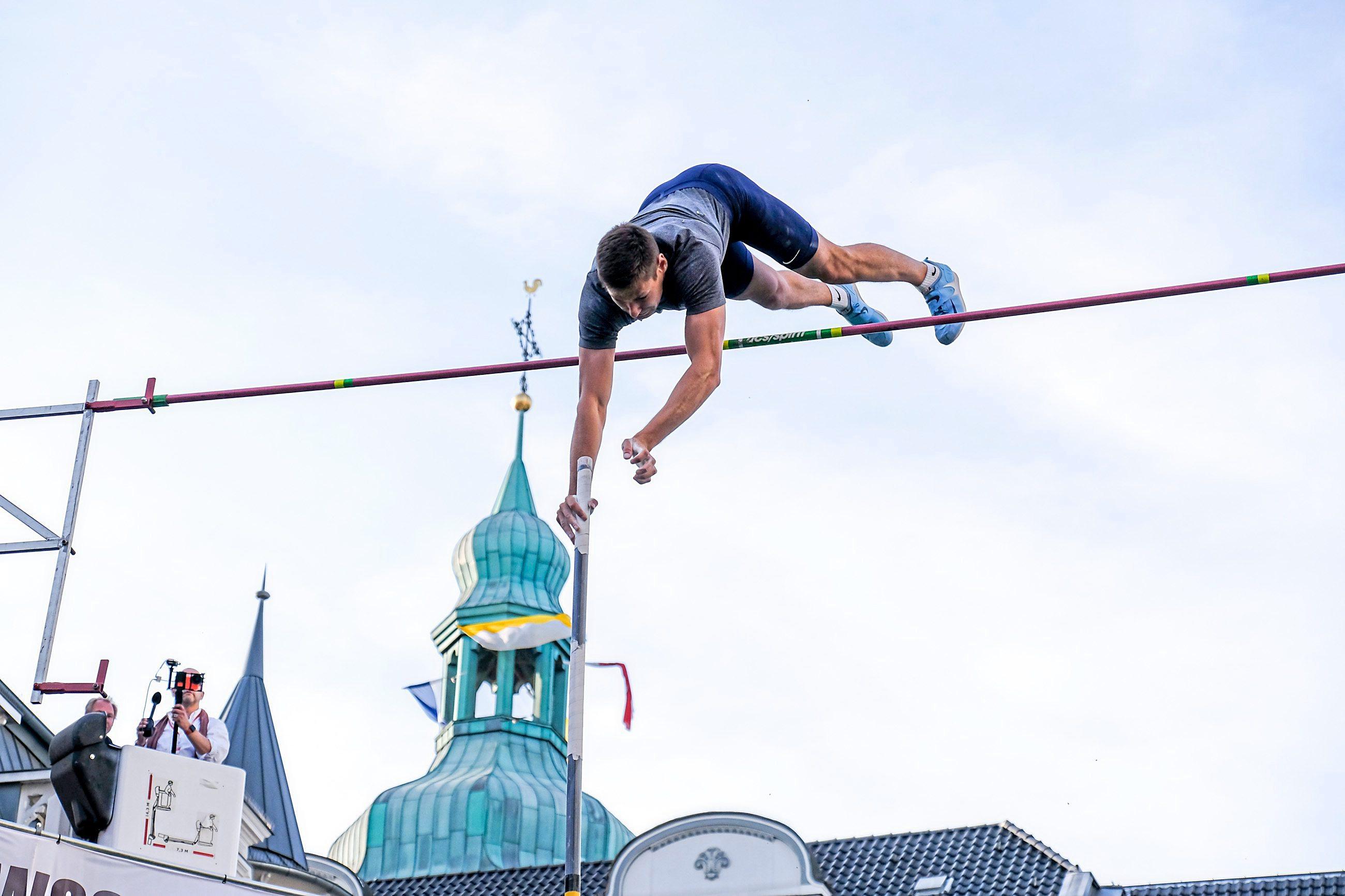 38. Marktplatzspringen in Recklinghausem, Woche des Sports. Foto: J. Gutzeit